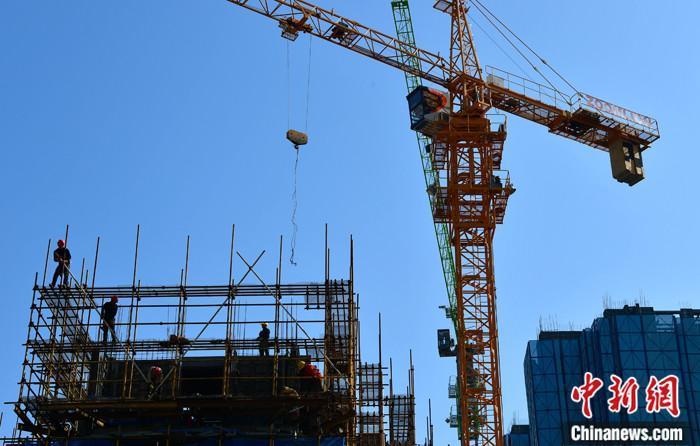 資料圖:一處在建房地產樓盤。 <a target='_blank' href='http://www.chinanews.com/'>中新社</a>記者 張斌 攝